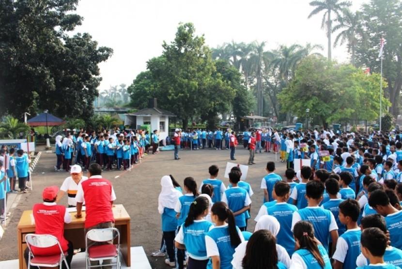 Para siswa SMP sedang bersiap mengikuti Olahraga / Ilustrasi