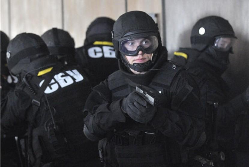 На Донбассе задержан соратник Януковича, помогавший ему забрать Межигорье