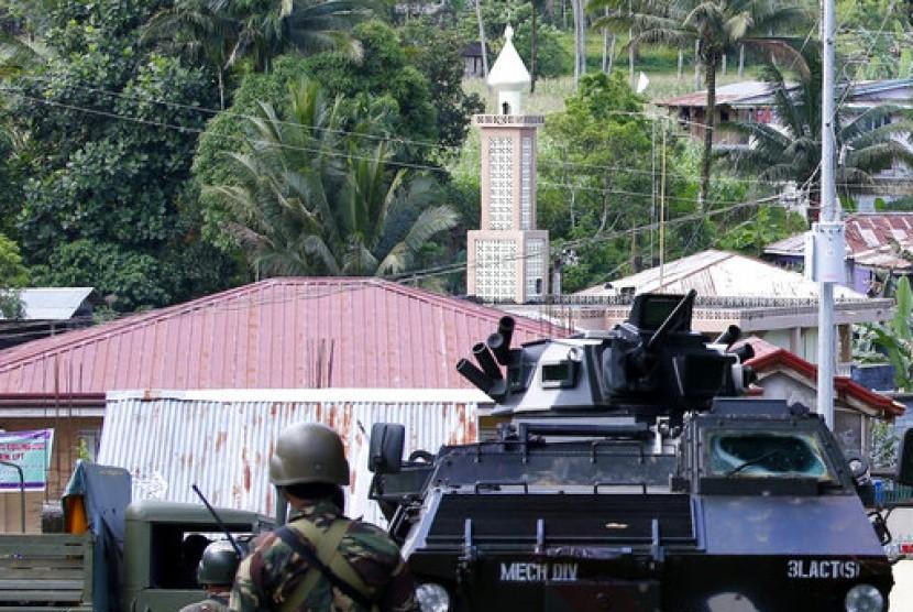 [Image: pasukan-pemerintah-filipina-di-kota-mara...20-873.jpg]