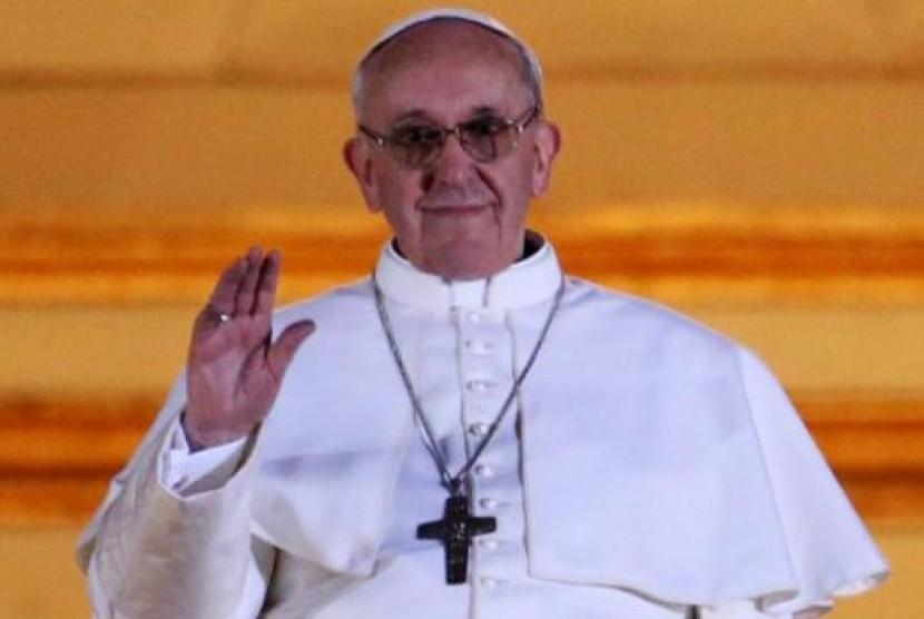 Paus Fransiskus Tiba di Cile