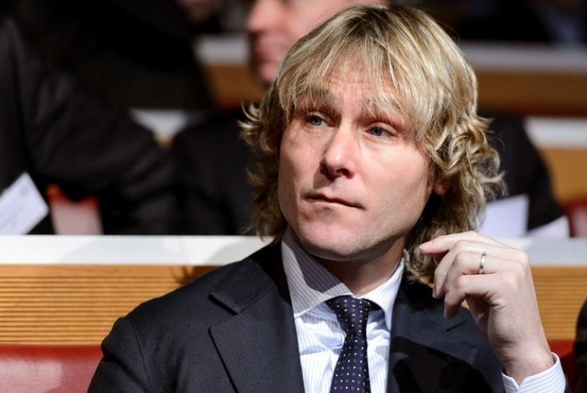 Nedved: Juventus Ingin Memenangkan Tiga Kompetisi