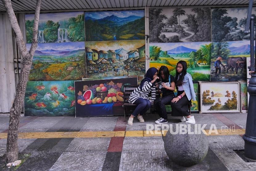 Pelukis Jelekong, Titip Lukisan Gambar Muhaimin, Ada Apa?