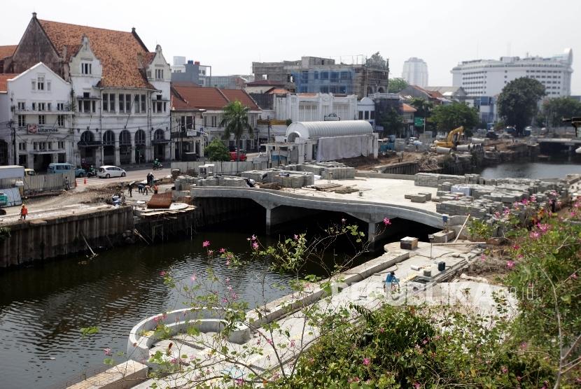 Sandiaga Ingin Penataan PKL Kota Tua Serupa Tanah Abang