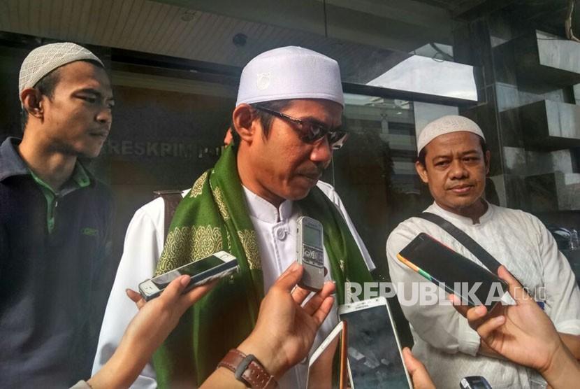 Pelapor Ade Armando, Salman Al Farisi di Bareskrim Polri, Jakarta, Senin (8/1).