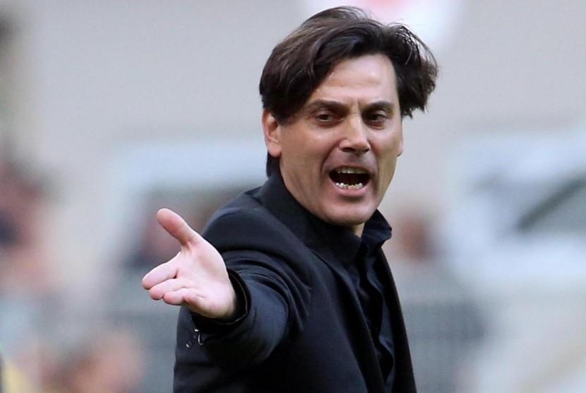 Pelatih AC Milan Vincenzo Montella.