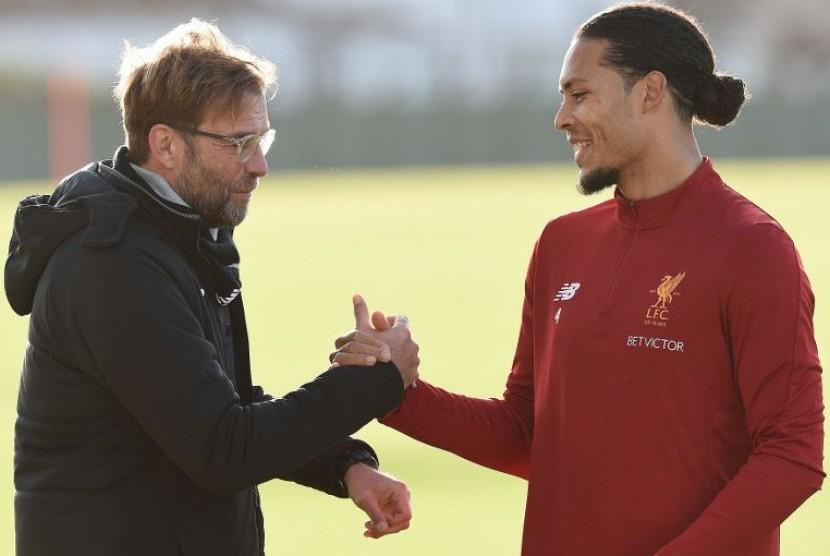 Van Dijk Berpeluang Debut Bersama Liverpool di Piala FA