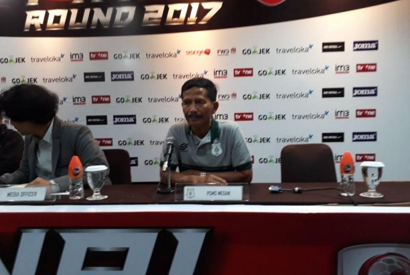 Pelatih PSMS Djajang Nurdjaman