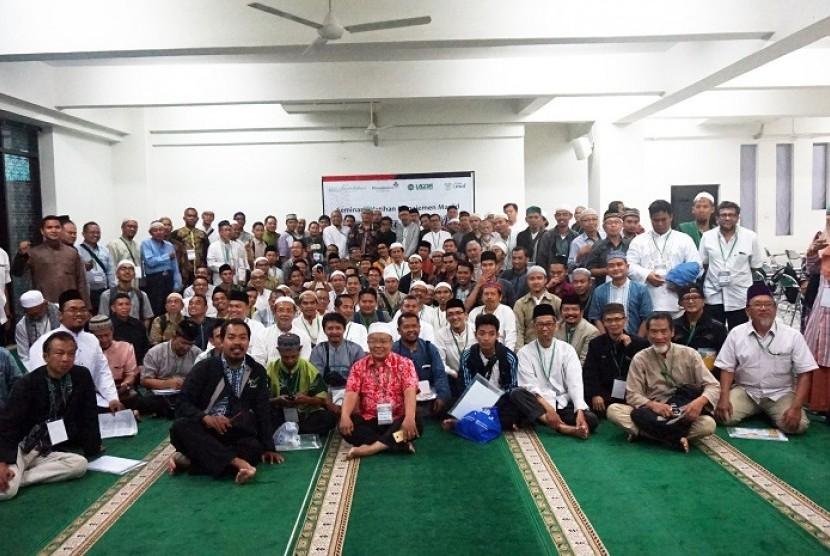 Pelatihan manajemen masjid oleh Yayasan Cinta Amal