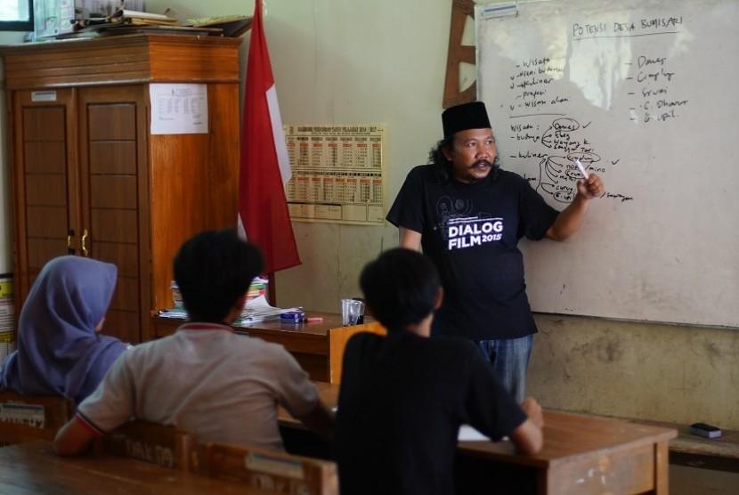 Pelatihan video dokumenter warga oleh CLC Purbalingga