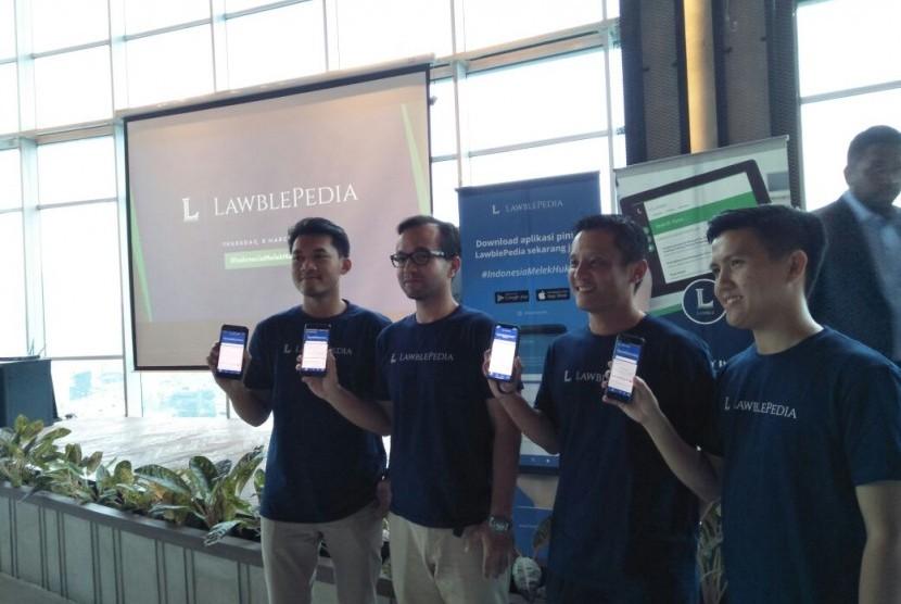 Peluncuran aplikasi Lawblepedia, aplikasi pintar menuju #IndonesiaMelekHukum, di Greenhouse Cowork, Menteng, Jakarta Selatan, Kamis (8/3).