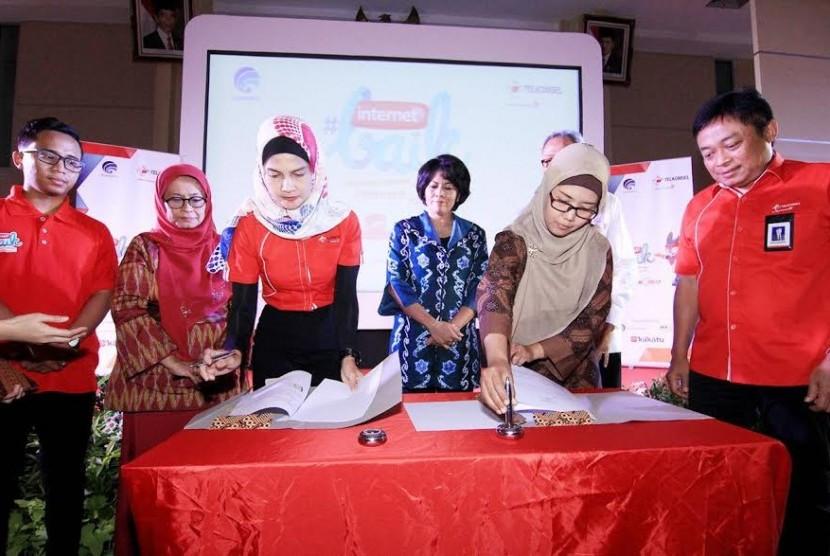 Peluncuran program #internetBAIK Telkomsel