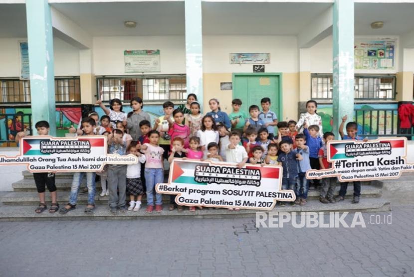Peluncuran program orang tua asuh Palestina
