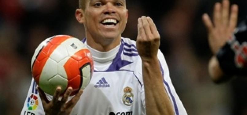 Pemain bertahan El Real, Pepe