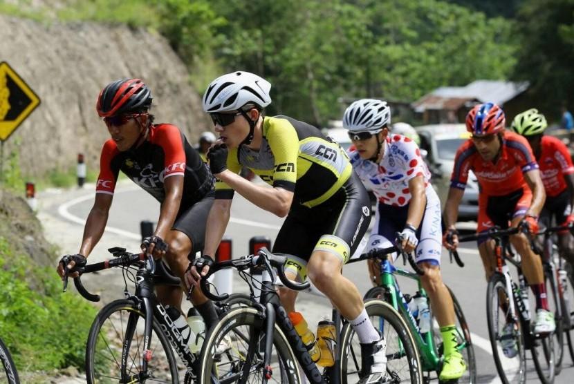 Pembalap Iran mendominasi Tour de Flores.