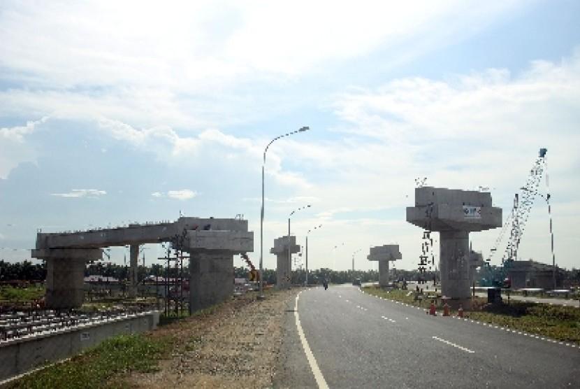 Tiga Menteri Kunjungi Proyek Jalan Tol Tebing Tinggi