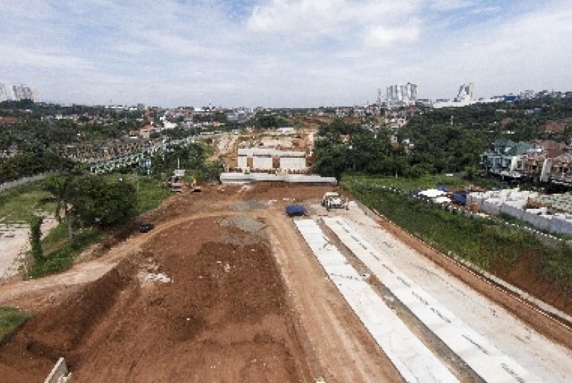 Pembangunan jalan tol terhambat pembebasan lahan (ilustrasi).