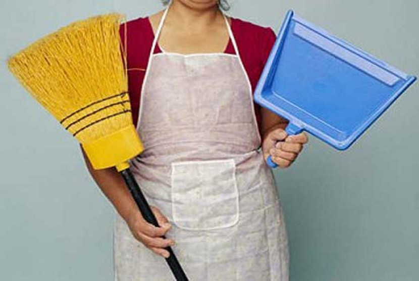 Pembantu rumah tangga.  (ilustrasi)