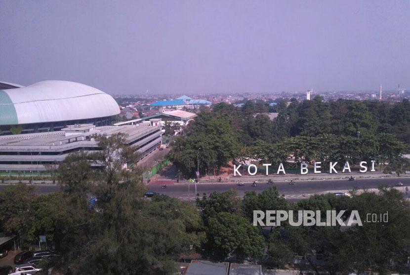 Pembatasan Sepeda Motor akan diberlakukan di sepanjang Jalan Ahmad Yani, Margajaya, Bekasi Selatan Kota Bekasi. Senin (14/8).