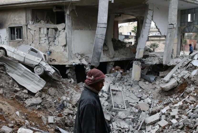 Pemboman wilayah di Suriah Ghouta yang dikuasai gerilyawan terus berlanjut .
