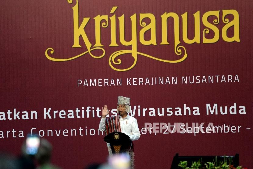 Pembukaan Pameran Kriyanusa. Presiden Joko Widodo memberikan sambutan pada Pembukaan Pameran Kriyanusa di Balai Sidang Jakarta, Rabu (27/9).