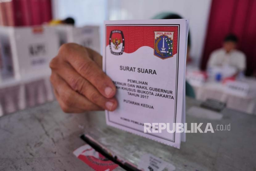 Second round of Jakarta gubernatorial election is held on Wednesday. A total of 7.2 million eligible voters in Jakarta are expected to cast their votes.