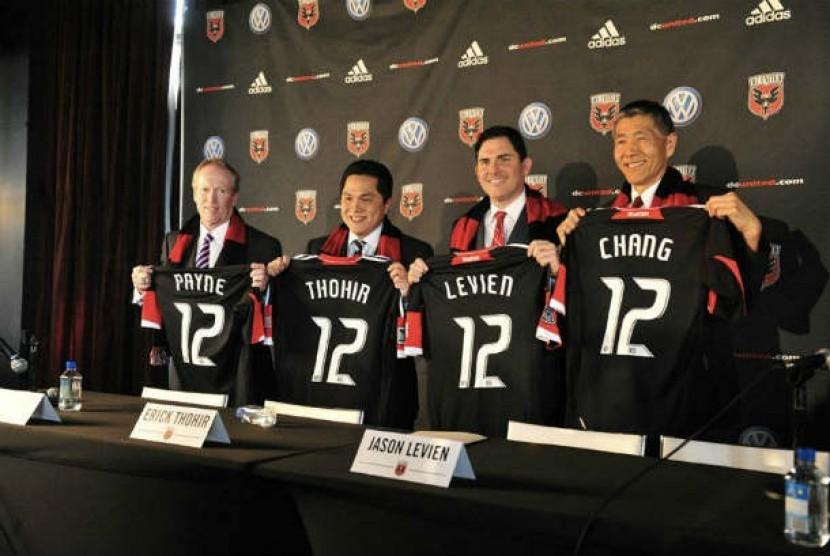 Pemilik DC United : Kevin Payne, Erick Thohir, Jason Levien  dan Will Chang.