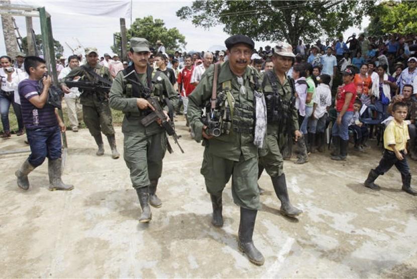 Pemberontak Kolombia Siap Perpanjang Gencatan Asal...