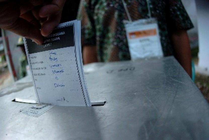 Pemungutan suara dalam pilkada.