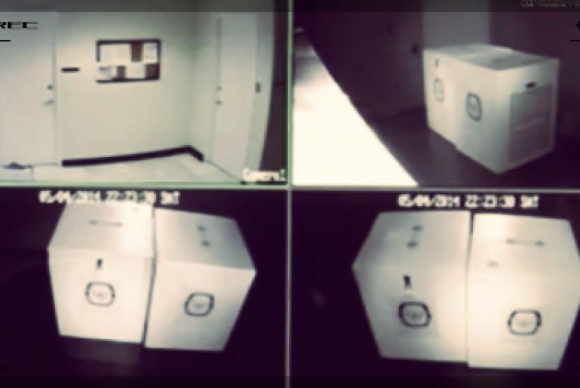 Polisi Temukan Titik Terang Hilangnya Bilik dan Kotak Suara