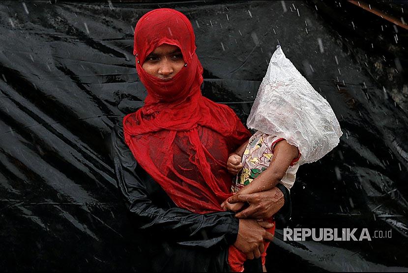 IHA Perhatikan Kesehatan Ibu dan Bayi Pengungsi Rohingya