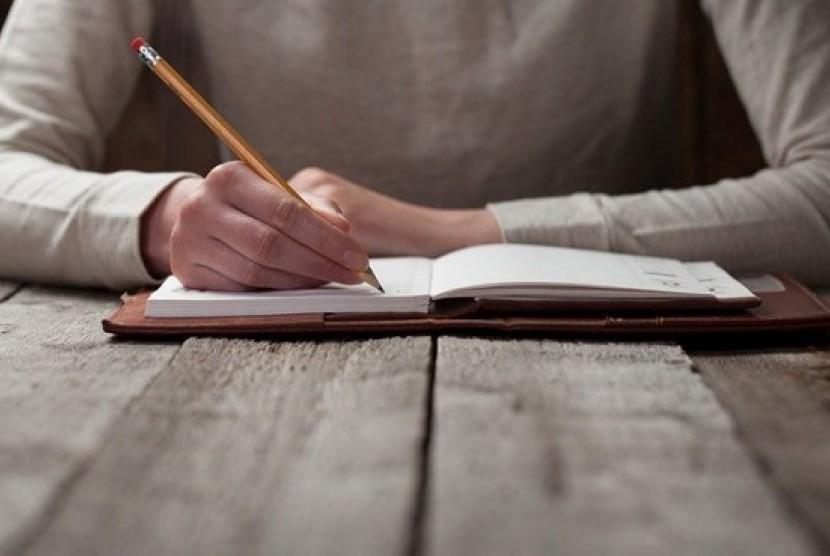 Penulis buku. Ilustrasi