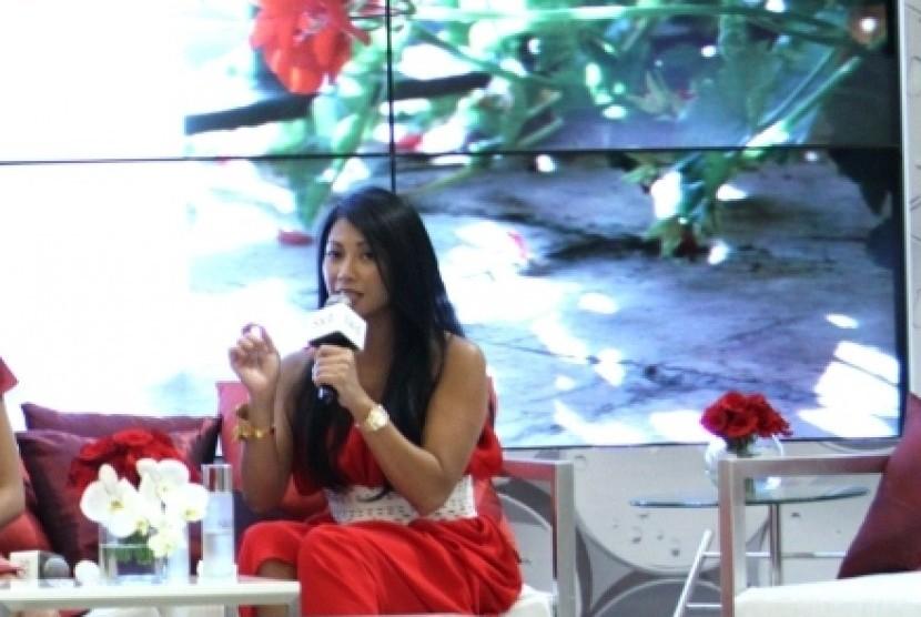 Penyanyi Anggun Bantu Promosikan Pariwisata Bali
