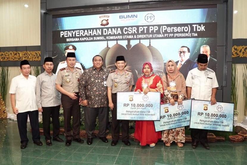Penyerahan CSR PT PP (Persero)