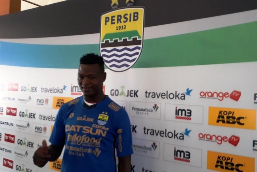 Profil Striker Baru Persib, Ezechiel N'Douassel