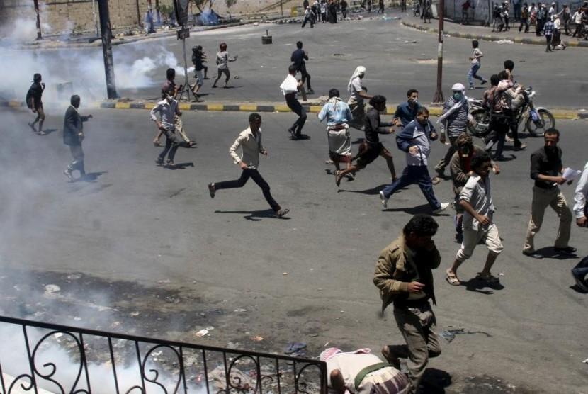 Perang terus terjadi di berbagai penjuru wilayah di Yaman.