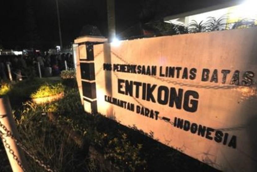 Perbatasan RI-Malaysia di Entikong, Kalimantan Barat.