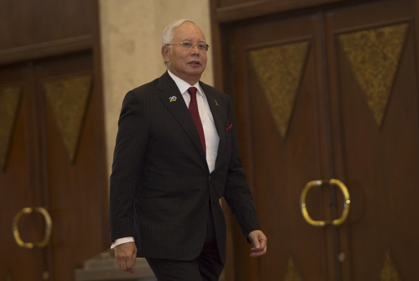 Perdana Menteri Malaysia Najib Razak tiba di lokasi pembukaan KTT IORA ke-20 tahun 2017 di Jakarta Convention Center, Jakarta, Selasa (7/3).