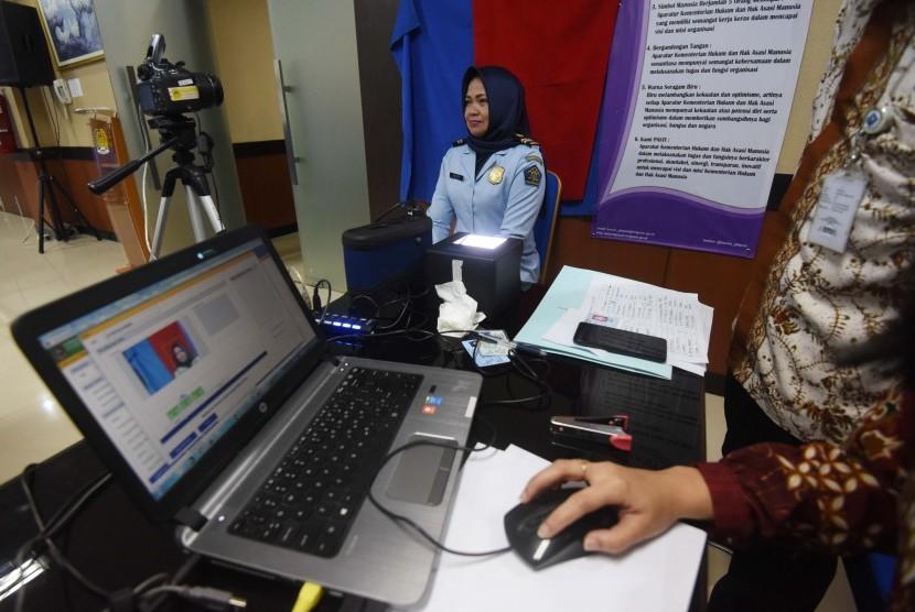 Perekaman Kartu Tanda Penduduk elektronik (KTP-el). (Ilustrasi)