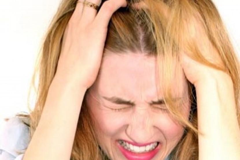 Perempuan stres