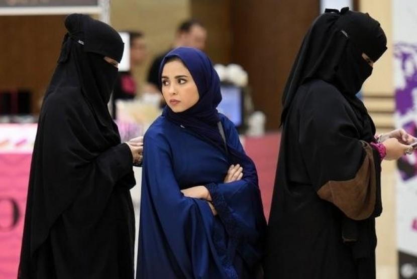 Perempuan tak Bercadar Kini Boleh Masuk Pengadilan di Saudi