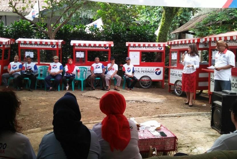 Perindo menyiapkan 500 gerobak UMKM gratis di Bogor, Rabu (6/9).