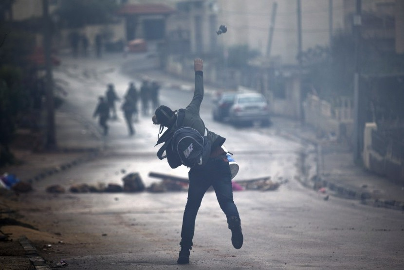 Dalam Sepekan, 106 Warga Palestina Ditangkap Israel