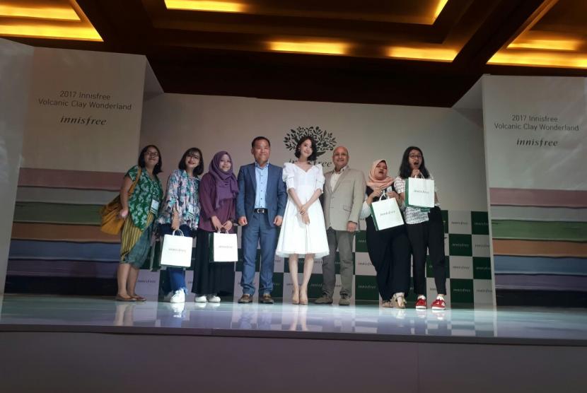 Yoona 'SNSD' Sapa Wartawan dengan Bahasa Indonesia