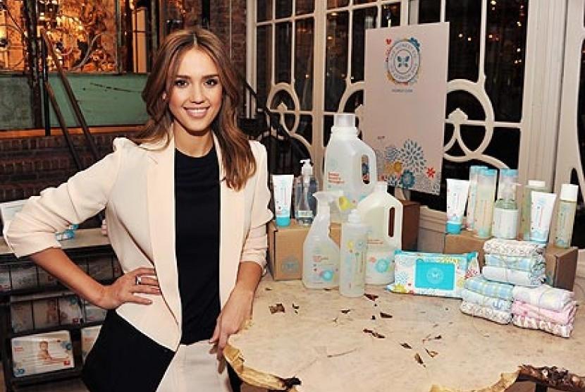 Perusahaan milik artis Jessica Alba Honest Company memproduksi produk ramah lingkungan yang diperuntukkan bagi bayi.