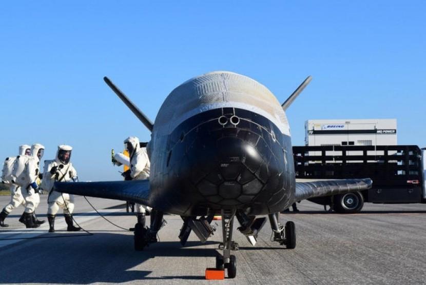 pesawat misterius x-78b