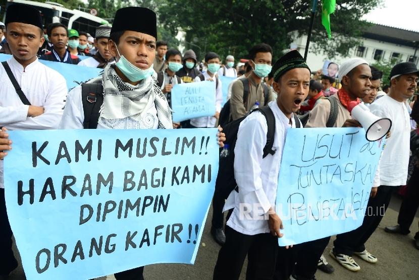 Hasil carian imej untuk demontrasi islam di bandung