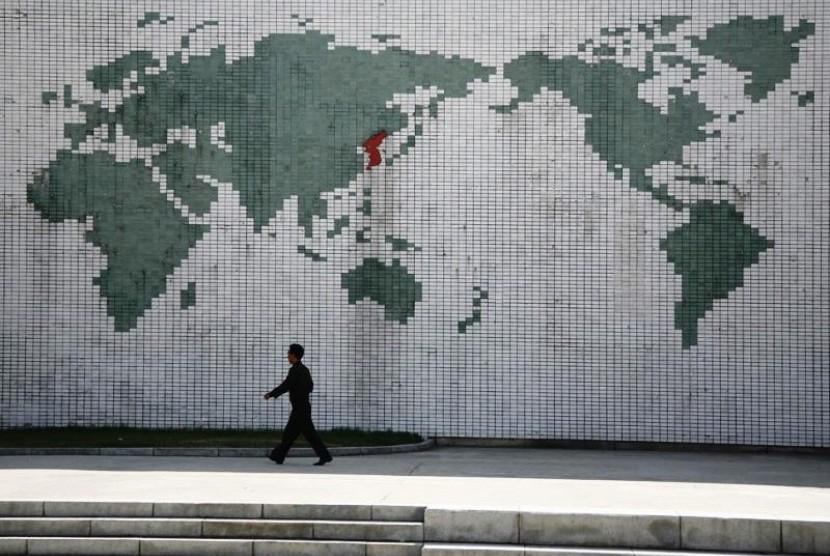 Peta Semenanjung Korea yang terbagi jadi Korea Utara dan Korea Selatan
