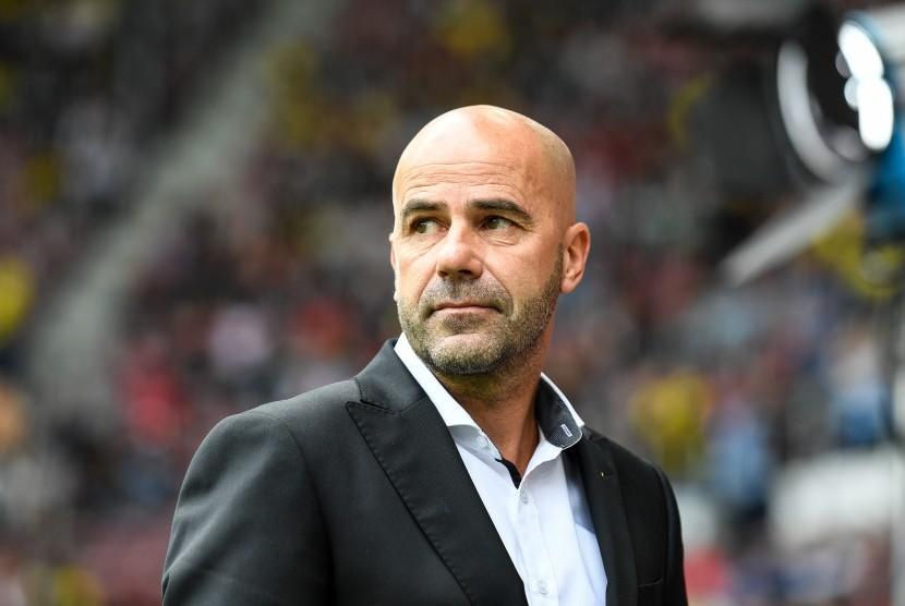 Pelatih Dortmund Pusing Banyak Bek Cedera