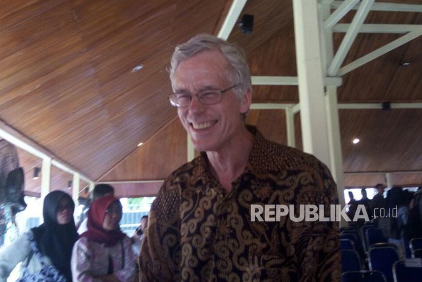 Peter Carey, sejarawan dan pengarang Inggris yang mengkhususkan diri dalam sejarah modern Indonesia, saat ditemui pada peresmian museum Multatuli, Rangkasbitung, Kabupaten Lebak, Ahad (11/2).
