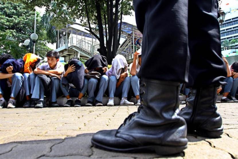Polisi Amankan Pelajar SMP di Purwakarta yang Bawa Sajam
